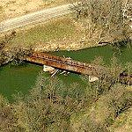 Abandoned Railroad Bridge (Bing Maps)