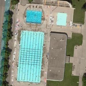 'Island Park Pool' by Marius Houkum (Bing Maps)