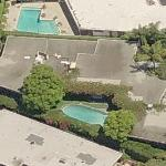 Jennifer Aniston and Justin Theroux's rental house (former) (Birds Eye)