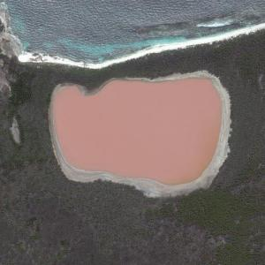 Lake Hillier (Bing Maps)
