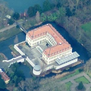 Berge Castle (Birds Eye)