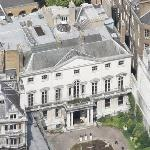 David and Simon Ruben's £250 Million Mansion