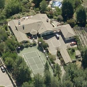 photo: house/residence of tough 20 million earning Los Angeles, California, United States-resident