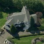 Skylar Astin's House