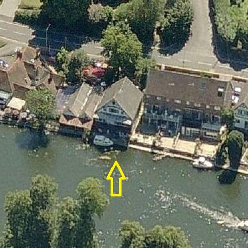 Jimmy Page S Boathouse Former In Pangbourne United