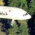 Close-up of jet on approach to SeaTac International (Birds Eye)