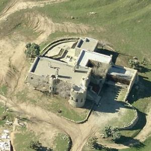 Shea's Castle and Sky Castle Airport (Birds Eye)
