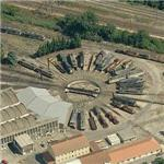 Avignon double roundhouse and turntable