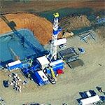 How to assemble a natural gas rig in four easy steps (Birds Eye)