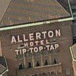 Allerton Hotel (Birds Eye)