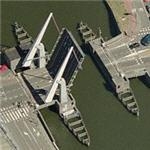 Raised drawbridge (Birds Eye)