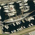 Large sailing yacht (Birds Eye)