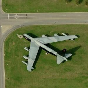 B-52D on static display (Bing Maps)
