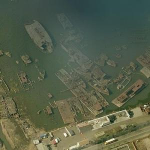 Staten Island ship graveyard (Birds Eye)