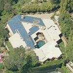 photo: house/residence of tough 20 million earning Los Angeles, CA, USA-resident