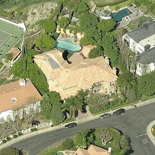 Charlie sheen 39 s house in east los angeles ca google maps for Beverly hills celebrity homes map