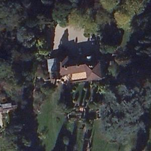 Eric Clapton's House (Hurtwood edge Estate) (Bing Maps)