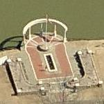 Veterans Memorial on Lake Willastein (Birds Eye)
