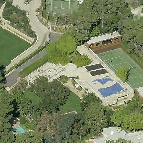 Guy oseary 39 s house in beverly hills ca google maps for Beverly hills celebrity homes map