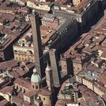 Due Torri (Two Towers) (Bing Maps)