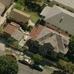 Melanie Lynskey's House