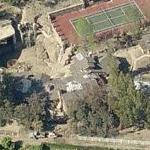 Drake (rapper)'s House (Birds Eye)