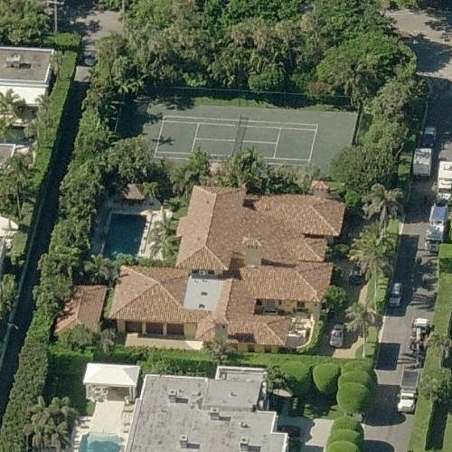 Which six of the world's richest celebrities live in Palm ...