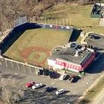 Rookie's Food & Spirits (with mini baseball diamond) (Bing Maps)