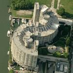 'River City II' by Bertrand Goldberg