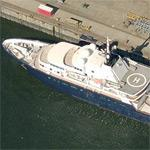 "Yacht ""Le Grand Bleu"""