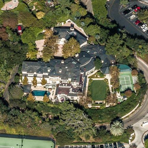 Photo: house/residence of the cool 10 million earning Los Angeles, California-resident