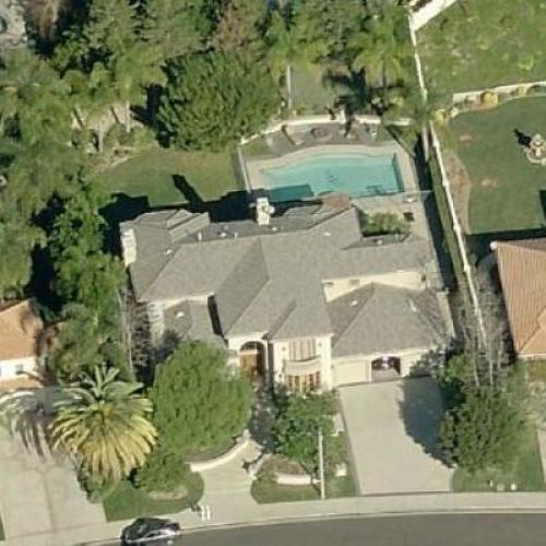 Kendra Wilkinson & Hank Baskett's House In Calabasas, CA