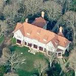 "John G. Chiarella, Jr. and Christine Svenningsen's ""Rogers Island"" Estate"