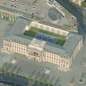 Brunswick Palace (Bing Maps)