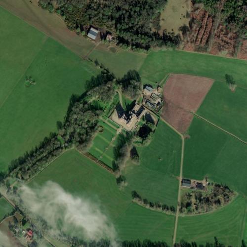 Castle Oliver (Kim Kardashian & Kanye West Honeymoon Location) (Bing Maps)
