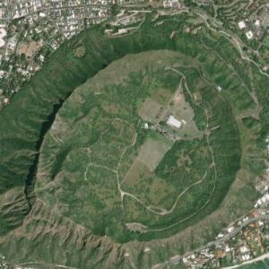 Diamond Head State Monument (Bing Maps)