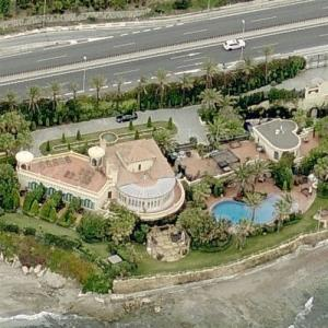 2010 X-Factor Judges House (One Direction First Performance) (Birds Eye)