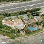 2010 X-Factor Judges House (One Direction First Performance)