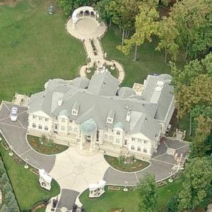 "Christopher Mintz-Plasse's House in ""Kick-Ass 2"" (Birds Eye)"