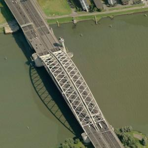 Van Brienenoordbrug (Birds Eye)
