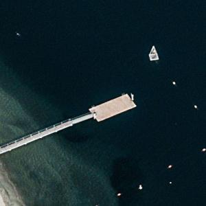 """Dexter dumps tools off a pier (""""Dexter"""") (Birds Eye)"""