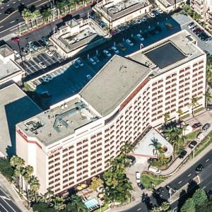 "Marina Del Rey Marriott (""Dexter"") (Birds Eye)"