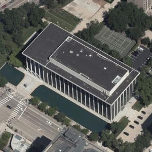 'Northwestern National Life Building' by Minoru Yamasaki (Birds Eye)