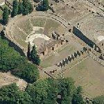 'Teatro grande' and 'Caserma dei gladiatori' (Bing Maps)