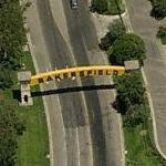 Bakersfield Arch