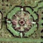 Thorpe Hall Gardens (Bing Maps)