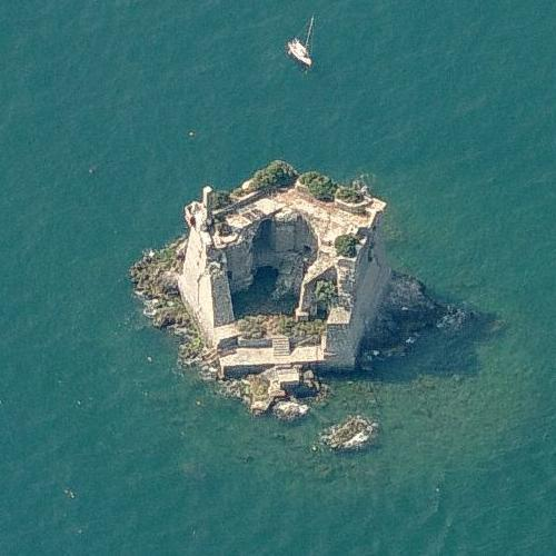 Fortress on the sea ( Torre Scola ) (Birds Eye)
