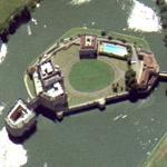 Leeds castle (Bing Maps)