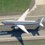 American Airlines 777 Landing at Heathrow (Birds Eye)