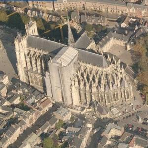 Amiens cathedral (Bing Maps)